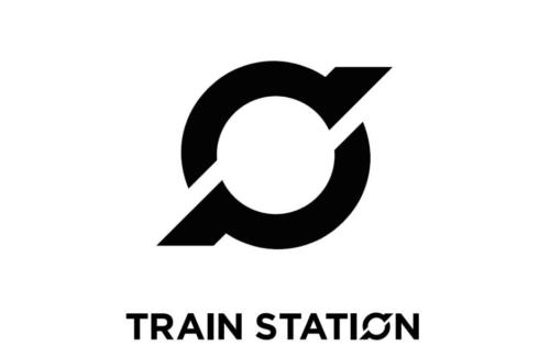 Frestun á opnun Train Station